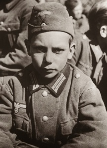 13_year_old_german_pow_captured_1945